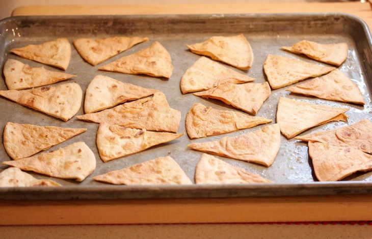 Weizenmehltortillas backen